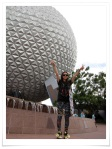 Sohee with a big wide smile upon visiting to Disneyland that she had never been before.