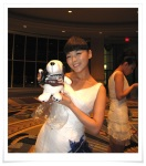 Sunye is loving this doll that fans gave her during the tour.